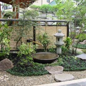 涼しげなつくばいのある和風庭園 宍粟市山崎町Y様邸