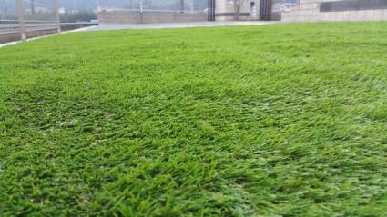 人工芝生のお庭にリフォーム