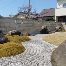 砂紋の和モダン庭園 播磨町