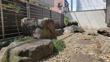 姫路市和庭リフォーム 庭石と砂利
