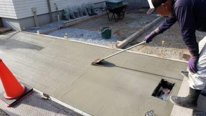 コンクリート刷毛引き