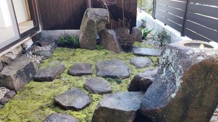 古民家リノベーション|苔の坪庭