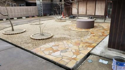 和庭リフォーム工事石貼りアプローチ