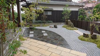 姫路市和風テラスのある和モダンお庭