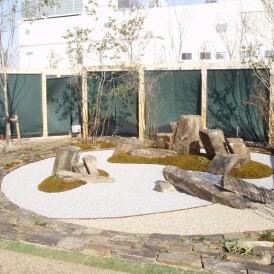 現代庭園 枯山水和の庭