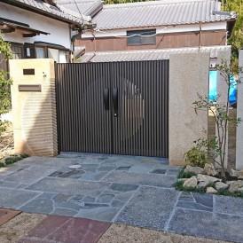 姫路市外構 和風住宅のオリジナル石門柱で和モダン外構